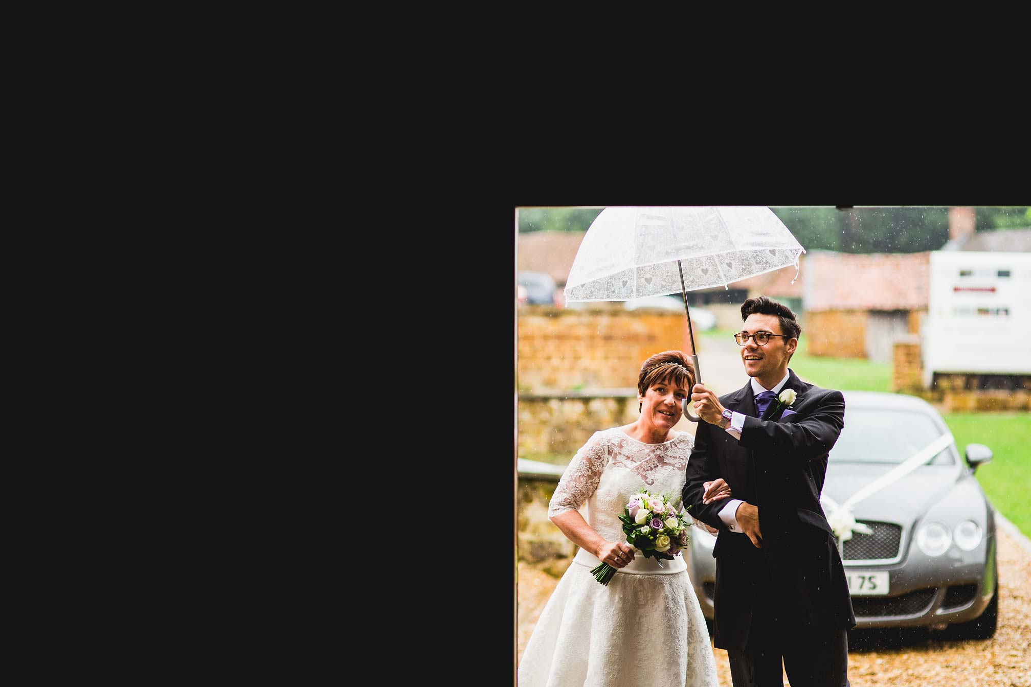 MyWed Editors Choice - Bride Waiting in the Rain