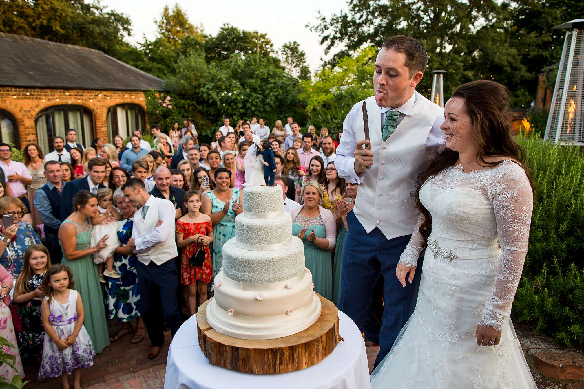 Cutting the Cake, Dodmoor House, Northamptonshire