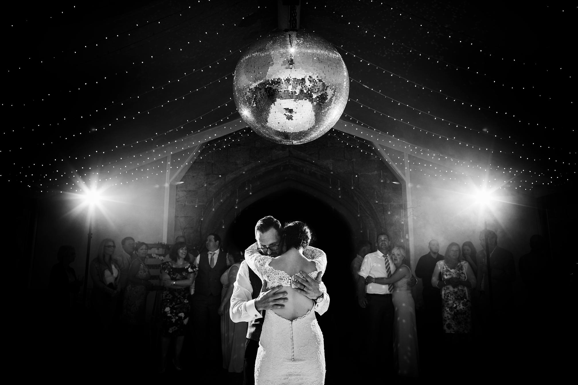 Stunning Black and White First Dance at Sudeley Castle